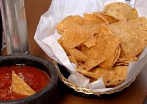 chips_and_salsa380